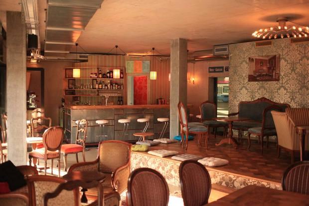 Wohnzimmerbar Bars Kneipen In Zürich Ron Orp