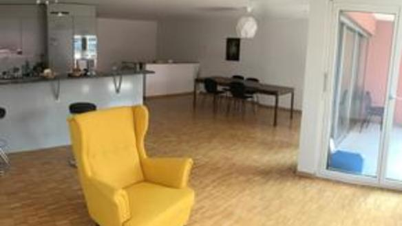 Available room in 3ppl WG in Kreis 5 from 01.08.19